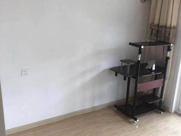 出租城东新村2室1厅1卫70平米1250元/月住宅