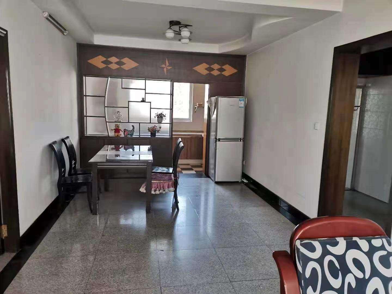 丰谷楼小区 国购旁边 ,多层5楼,3室2厅,精装修家电齐全,空调3台,拎包入住