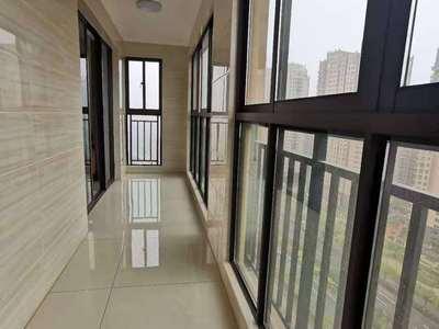 贝林馨苑,黄金楼层,新精装一次没住,95平米,两室两厅双阳台,客厅通阳台,83万