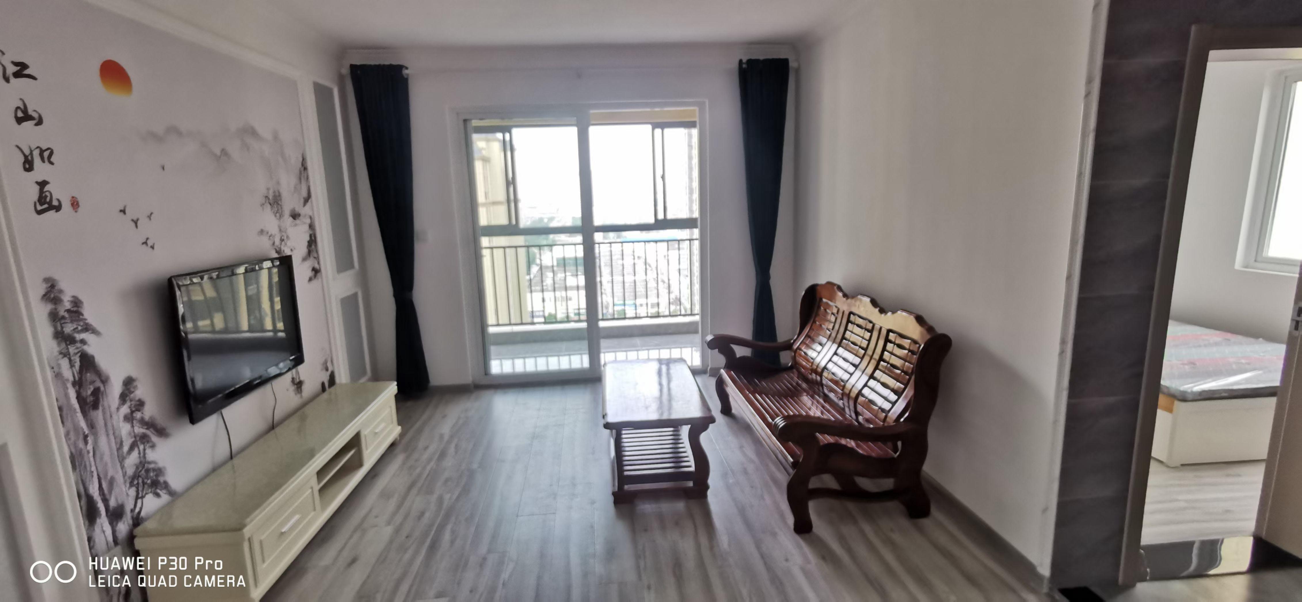 盛宇湖畔 多層3樓 精裝2房 1250月租