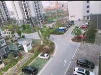 彩虹小區 小高層8樓 120平 3室2廳2衛 毛坯房 戶型好 南北通透54.8萬