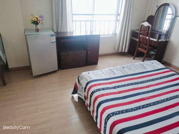 稻香新村 精裝出租 家電齊全 獨立衛生間 更多好的房源歡迎來電咨詢