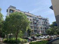 蓮花塘小區,多層3樓,107平,精裝房,滿五唯一,家具家電全送。65.8萬